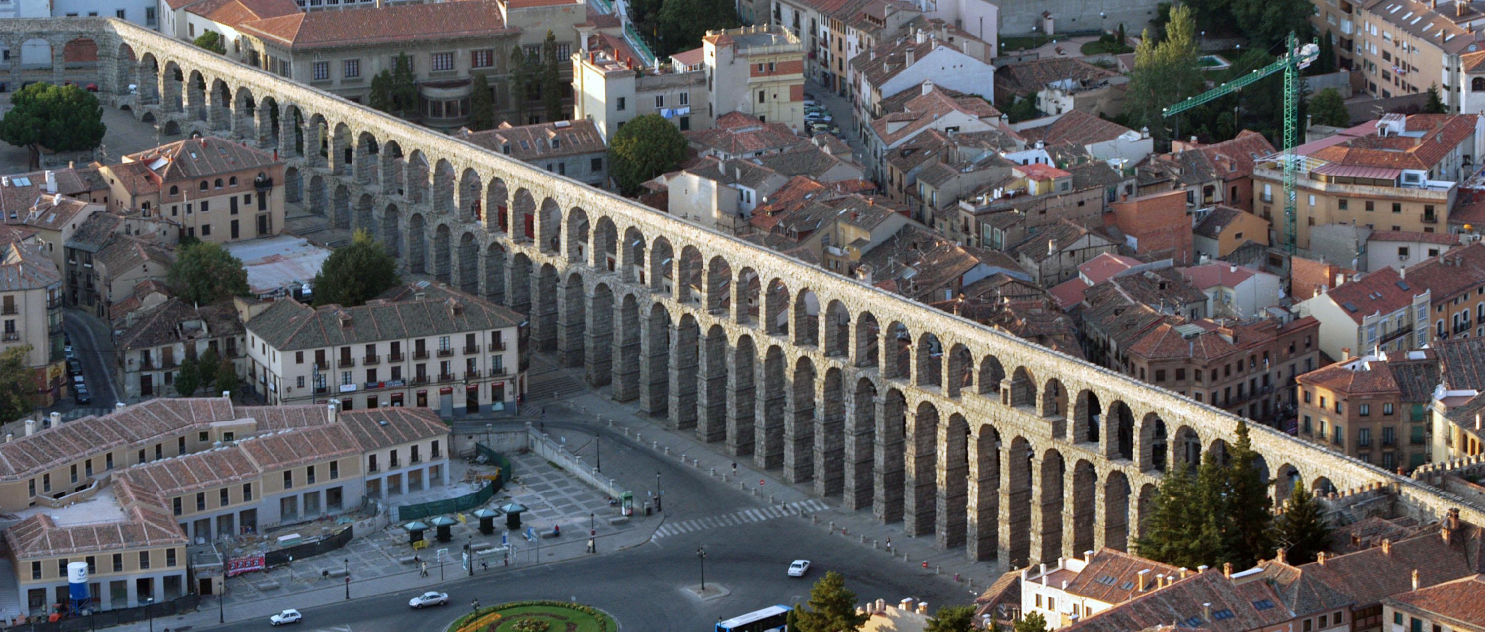 Carlos fernandez casado s l oficina de proyectos for Segovia oficina de turismo